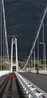 Hardangerbroen under arbeid. Foto: Geir Brekke/Statens vegvesen