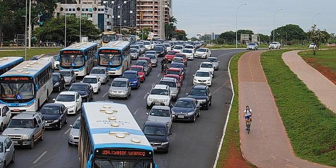 Hovedvei i Brasilia - foto