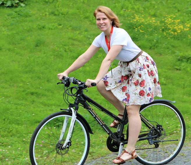 Foto av Skartland på sykkel.