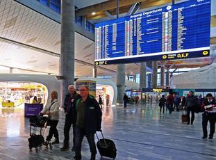 Over 50 millioner årlige passasjerer via Gardermoen. Foto: Avinor Oslo lufthavn.
