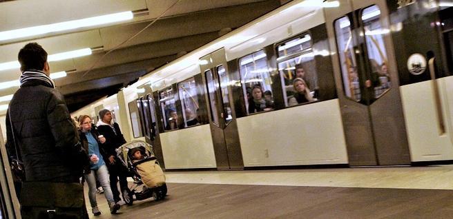 Rune Elvik etterlyser bedre informasjon om T-baneforsinkelsenes varighet. Foto: Samferdsel.