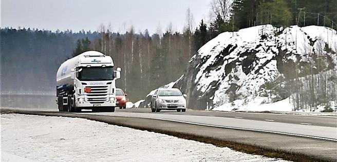 Trafikkhindre forut? Et system som informerer om hindre på finske veier er under utprøving. Illustrasjonsfoto: Taina Sohlman/Scandinavian Stockphoto.