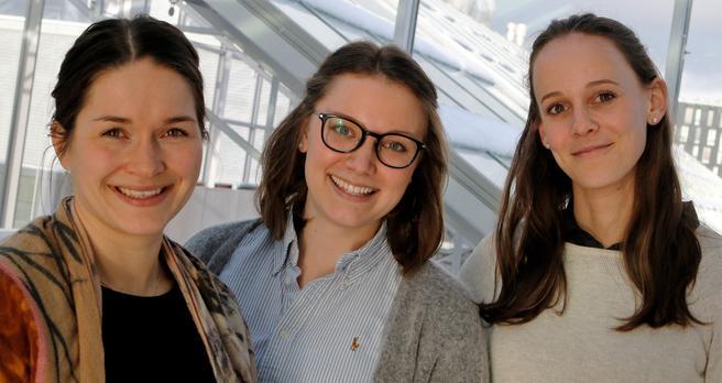 Elise (t.v.), Karin og Tale – tre av mange unge TØI-forskere. De tre arbeider i instituttets Avdeling for økonomi og logistikk. Foto: F. Dahl.