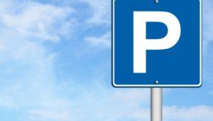 Parkeringstiltak er blant det som beskrives i katalogen. Illustrasjon: tiltak.no