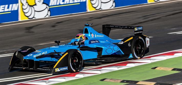 Bilde 3: Renault e.dams som vant team-mesterskapet i 2016–2017 med kjørene Sebastien Buemi og Nico Prost. Foto: michelinmotorsport