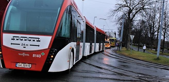 I Trondheim skal det etableres et nytt system med metrobuss, som del av bymiljøavtalen. Her et bilde fra testkjøring. Kilde: Miljøpakken.no