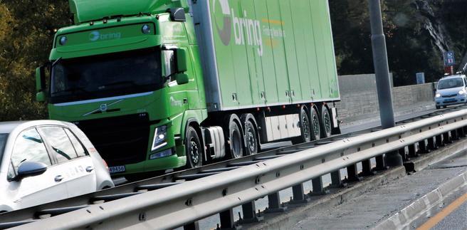 «Avgiftsvridningen er i strid med de politiske målsetningene i Nasjonal transportplan (NTP) om å overføre mer gods fra vei til sjø», skriver innsenderne. Illustrasjonsfoto: F. Dahl.