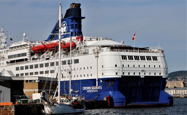 DFDS, et av rederiene som nå fristes med rabatt hvis det tar i bruk landstrøm i Oslo. Foto: F. Dahl.