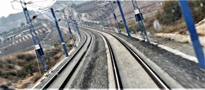 Høyhastighetsbane barcelona-madrid kronikk
