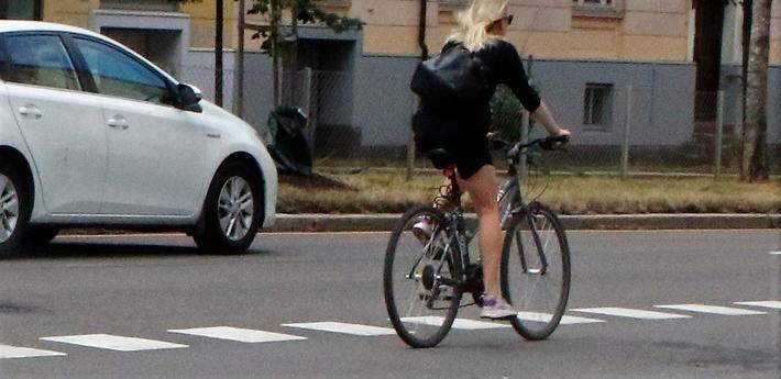 Sykkelen frister mer i vest enn i øst når Oslo-folk skal på jobben, ifølge artikkelforfatterne. Foto: F. Dahl.