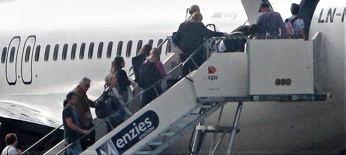 studenter og flyets rolle. Foto: F. Dahl