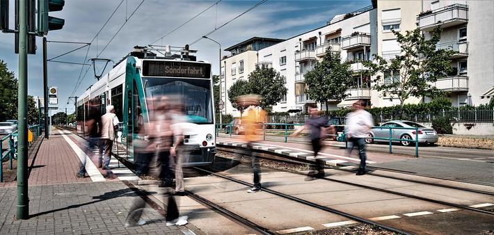 Prøvekjøring neste uke av verdens første førerløse trikk. Illustrasjon: Siemens