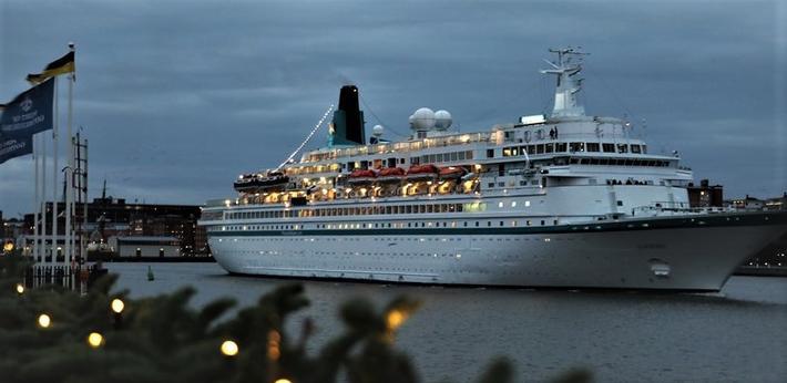 Cruiseskipet «Albatros» anløp Göteborg 14. desember og avsluttet dermed byens 2018-cruisesesong. Foto: Göteborgs Hamn.