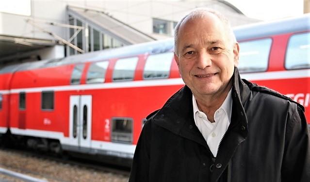 – Vi er kommet et godt stykke på vei, sier Hans Leister. Han er selvstendig rådgiver og leder et eget «Deutschland-Takt»-utvalg oppnevnt av Samferdselsdepartementet i Berlin.