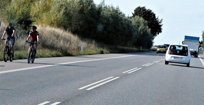 Danmarks transportminister håper på mer fjernbusskjøring gjennom danske landskaper. Illustrasjonsfoto: F. Dahl