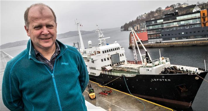 Miljøleder Even Husby har ledet Bergen Havns utvikling av et nytt digitalt miljøregnskap for cruiseskip. Det gamle hurtigruteskipet «Lofoten» vil ikke bli omfattet av nyordningen.