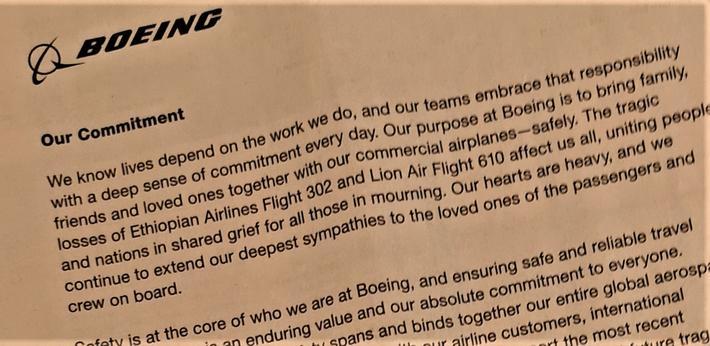 Boeing 737 max. Tidlig etter den andre ulykken gikk Boeing ut internasjonalt med helsides annonser der toppsjefen uttrykte sorg over de to ulykkene – og poengterte at Boeing arbeider seriøst med flysikkerheten. Klipp av annonse i Financial Times.