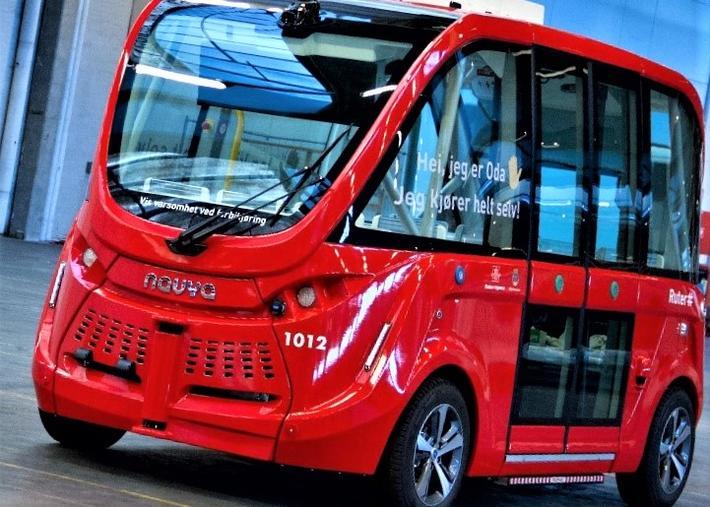 Små selvkjørende elbusser i Oslo. Slik ser de ut. Foto: Jannie/Autonomous Mobility