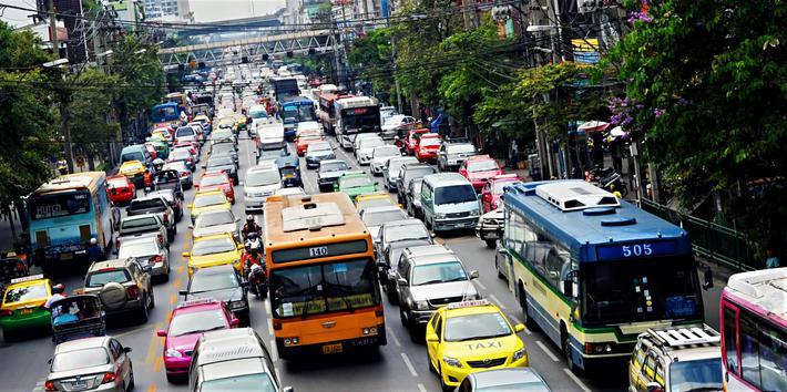 Voksende transport. Mye transport allerede – og ITF ser en voldsom økning forut. Illustrasjonsfoto fra Bangkok: joyt /Scandinavian Stockphoto