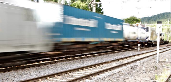 Jernbane, gods. import. Jernbanen står nå for en veldig liten del av godsimporten til Norge. Foto: F. Dahl