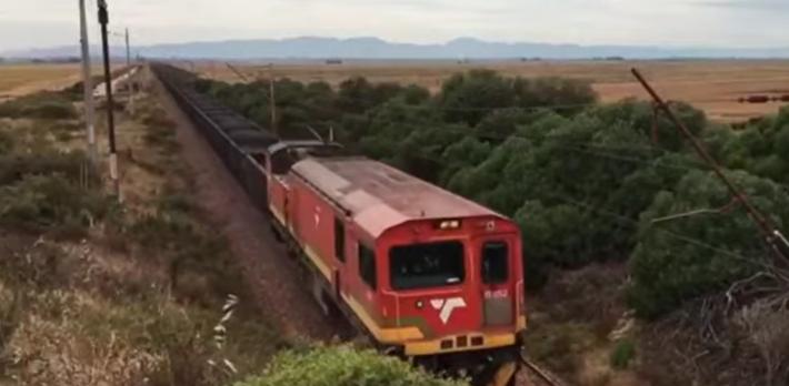 Verdensrekord, tog, vogner. Det rekordsettende toget. Klipp fra YouTube