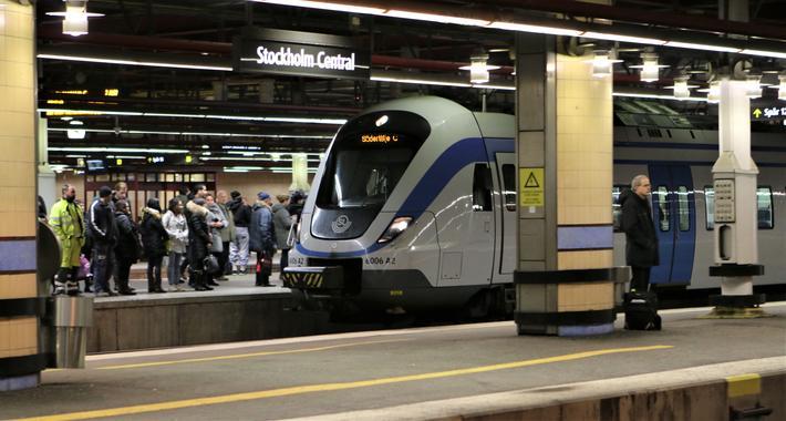 Jernbanereform. Sverige, et av flere land der det er konkurranse innen persontransporten på jernbanesporene. Foto: F. Dahl,
