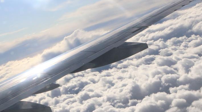 Flyskam. Enda en månedsstatistikk som viser fall i svensk flytrafikk. Illustrasjonsfoto: F. Dahl