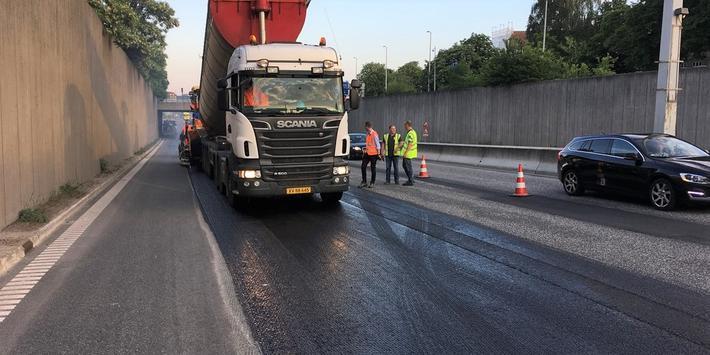 Klimavennlig asfalt. Dansk testing av klimavennlig asfalt har gitt oppløftende resultater, fastslår danske transportmyndigheter. Foto: Transport- og Boligministeriet