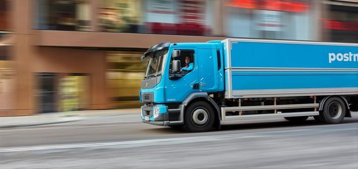 Økonomisk kjøring. Resultatene av en minipilot viser at PostNord Solution kan oppnå en årlig besparelse i drivstoffkostnader på 2,8 millioner kroner. Illustrasjonsfoto: PostNord