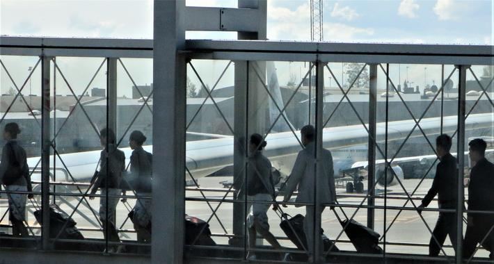 Antall flypassasjerer 2019. Her på Oslo lufthavn viste passasjerantallet en økning på 0,3 prosent i fjor målt mot året før, melder Avinor. Foto: F. Dahl