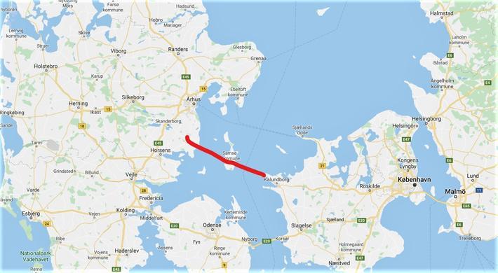 Fast forbindele, Kattegat. Den røde streken markerer grovt hvor en ny forbindelse kan komme. Kart: Google Maps/Samferdsel.