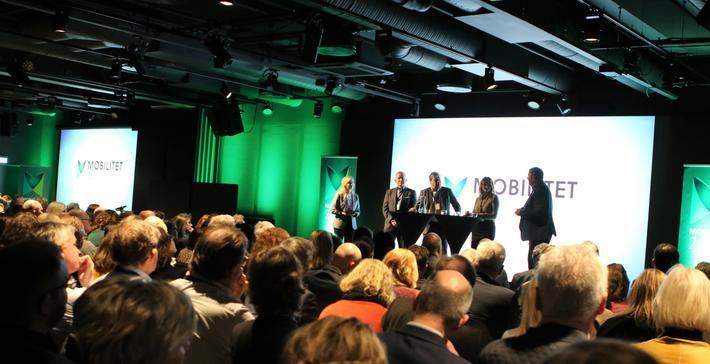 Mobilitet. Forskere, politikere, byråkrater, næringslivsaktører … Stor oppslutning om konferansen Mobilitet 2020 i Oslo i går og i dag. Foto: F. Dahl