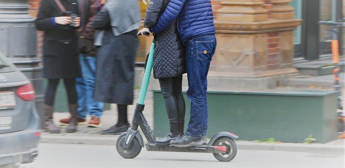 Elsparkesykler, Danmark. Under 3 % av el-sparkesyklene har passasjer, viser evalueringen. Foto: Via Trafik