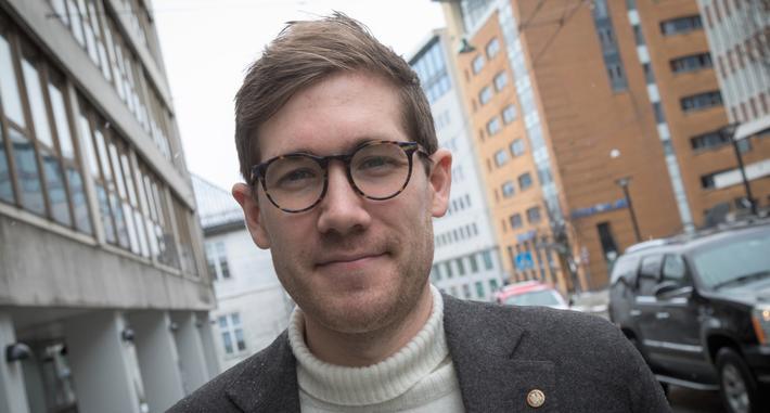 Trafikknedgang, Bergen, milø. Byråd for klima, miljø og byutvikling Thor Haakon Bakke (MDG) står fast på at Bergen innen 2023 skal redusere personbiltrafikken med 30 prosent sammenliknet med 2013.