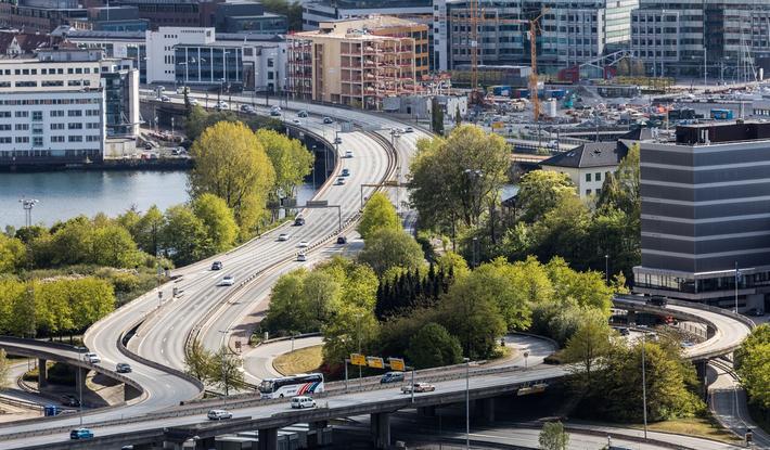 Bergen og NTP. En by uten stemme … På grunn av et sammenfall av kort høringsfrist og koronakrisen får ikke Bergen bystyre uttalt seg om Statens vegvesens prioriteringer for den nye NTP.