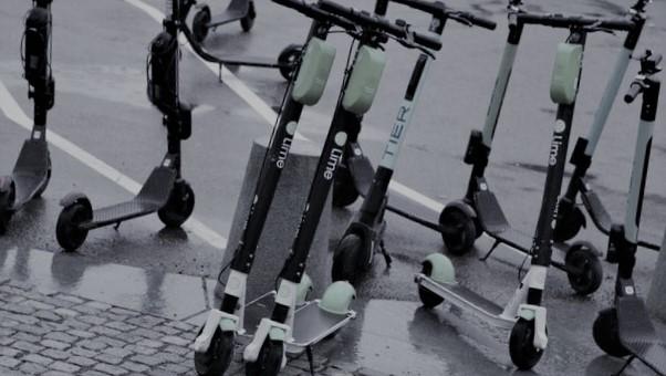 Elsparkesykler, regjeringen. Om brukere av elsparkesykler skriver Einar Spurkeland: «De representerer trafikkanarkiet på sitt verste.» Illustrasjonsfoto: Samferdsel, arkiv