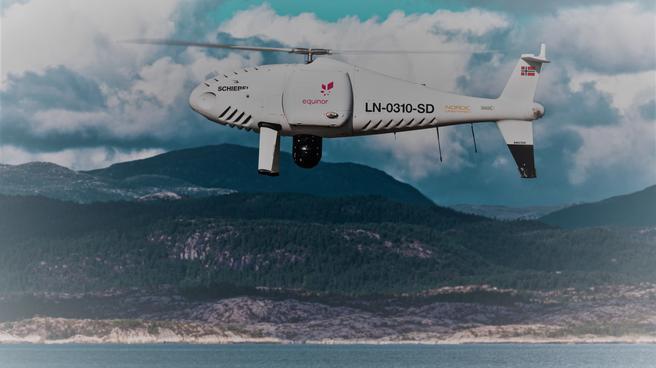 Drone til Troll-feltet. Den første ubemannete «helikopteret» som ble tatt i bruk til transport ut i Nordsjøen. Foto: Schiebel