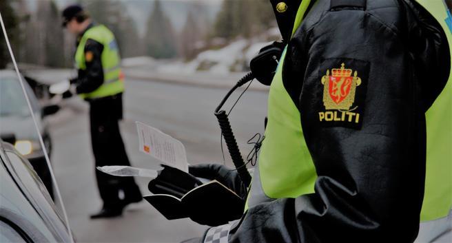 Svekket trafikkpoliti? «Det kanskje ikke alle vet er at UPogså avdekker mye annen kriminalitetnår de er ute på veiene våre», skriver Trygg Trafikk-sjefen. Illustrasjonsfoto: Trygg Trafikk