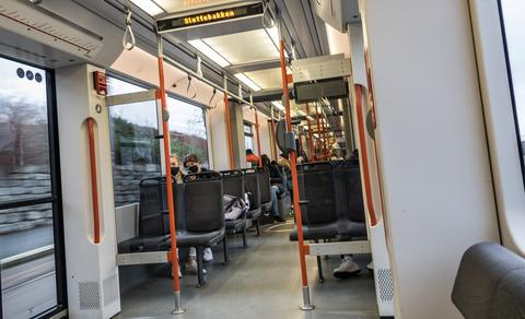 Sniking på buss og bane. Under koronaen har Skyss registrert mer sniking på Bybanen og busser.