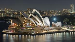 Overoptimisme i prosjektplanlegging. Sydney Opera House, et eksempel på et prosjekt som ble veldig mye mer tid- og kostnadskrevende enn opprinnelig tenkt. Foto Diliff/Wikimedia Commons