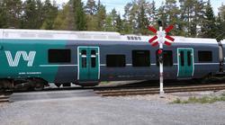 Konkurranse om persontogkjøring. Trafikk her på Gøvikbanen, der Vy nå råder grunnen, inngår i den nye konkurransen. Foto: F. Dahl