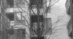 Fortetting. «En viktig konsekvens av fortettingen er (…) at det gjerne er unge voksne og eldre uten hjemmeboende barn som velger å bosette seg i de nybygde leilighetene», skriver Erik Bjørnson Lunke. Illustrasjonsfoto: F. Dahl