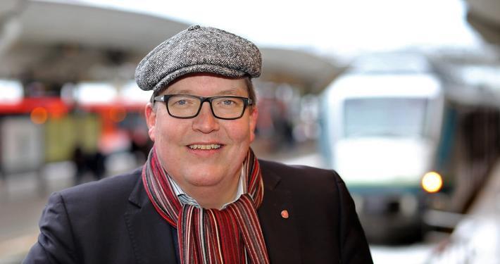 EUs fjerde jernbanepakke.  Grunnloven hindrer ikke Norge fra å slutte seg til EUs fjerde jernbanepakke, poengterer Sverre Myrli, som imidlertid skriver: «Noe annet er om vi bør gjøre det.» Foto: Ap