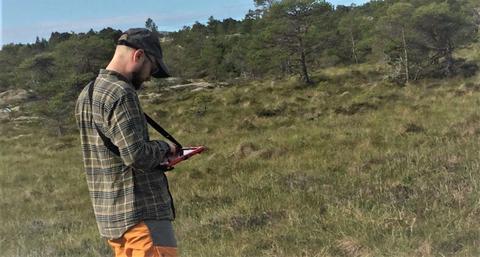 Natur og naturinngrep. «En heldigital dataflyt sørger for kort vei fra kartlegging i felt til resultatene kommer på kart», skriver Miljødirektoratet i dagens pressemelding. Illustrasjonsfoto: Miljødirektoratet.
