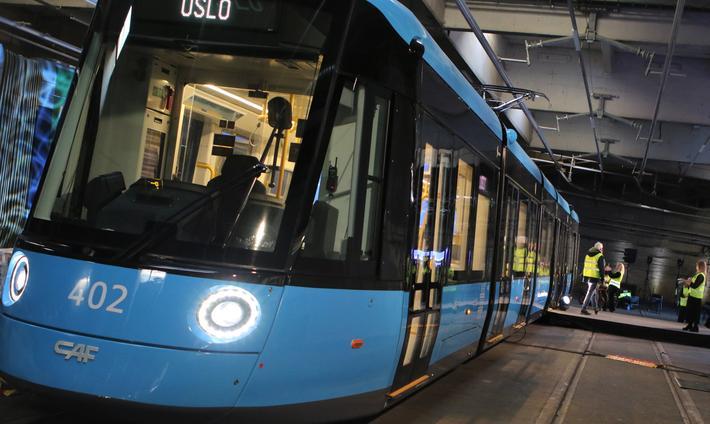 Nye Oslo-trikker. Den første av de nye trikkene ble i oktober i fjor presentert for offentligheten. Foto: F. Dahl